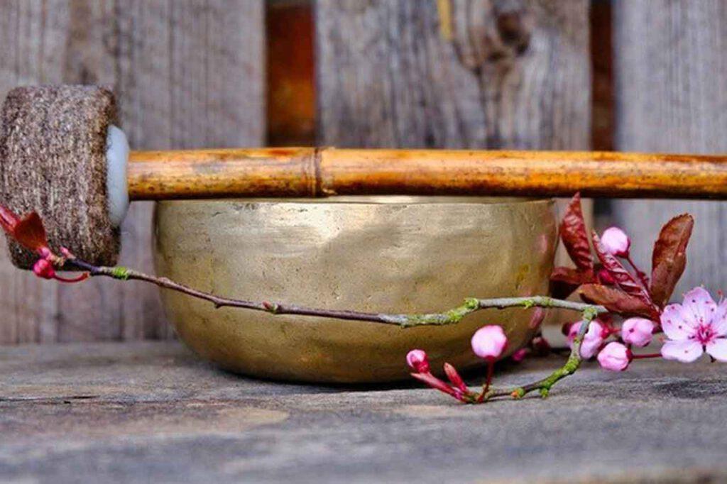 Marylin Heinrich |Ruhepunkt Bad Homburg | Klangschalenmassage | Klangschalentherapie
